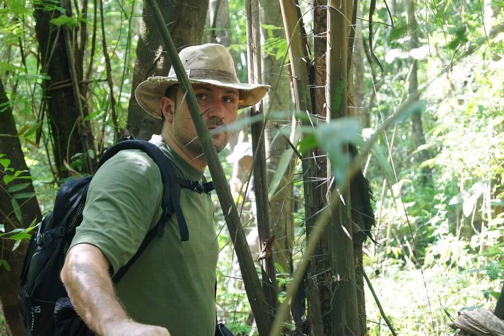 Andrzej Dąbrowski podczas wyprawy po amazońskiej dżungli.